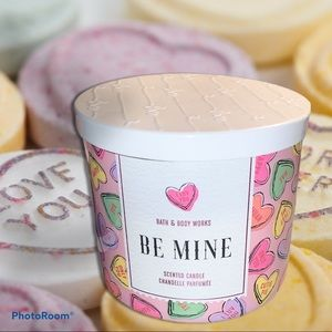 ♥️ Bath and Body Works Be Mine candle